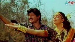 Rowdi Inspector songs - Takku Tamaram Bandi - Bala Krishna Vijaya Shanthi