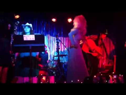 Dolly Parton - Walter Henry Hagan