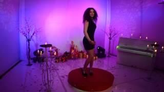 Download Lagu Dorentina Lleshi  - Pse me genjen   Tv Kopliku 2014 Gratis STAFABAND