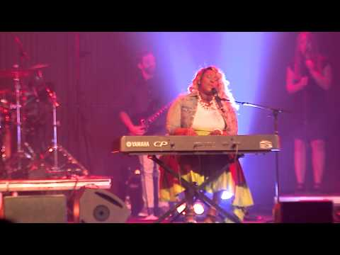 Nikki Ross - My Life Is In Your Hands (Live in Stockholm)