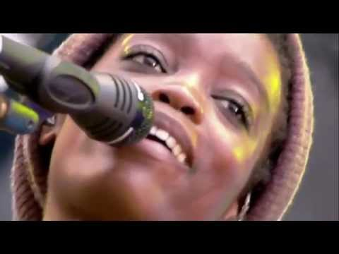 Irma - I Want You Back (Reprise) LIVE aux Vieilles Charrues 2012