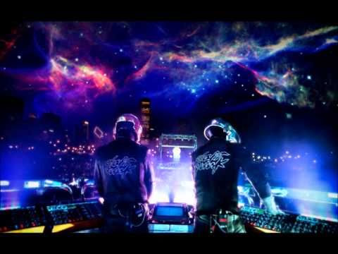 The Banger Bros. feat. MelAkai - Beep Beep Boom 2k12 (Max K Club Remix)