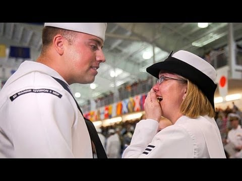 Navy couple reunite at wife's boot camp graduation ceremony