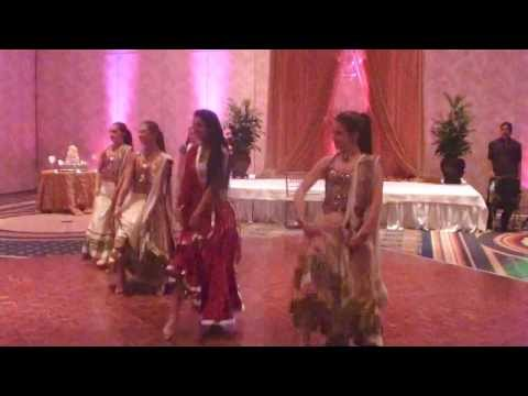 Bollywood dance performance at Zahara & Farhans wedding