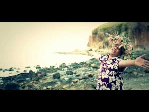 "AKay47 Ft. Moses Tau (vocals) & David Kedea (lead guitar) - ""OFFICIAL MUSIC VIDEO 2012"" ""Dia Lau Egu"" is one of the songs off the 2012 album 'Brand Niu Day' for AKay47. This is a collaboration..."