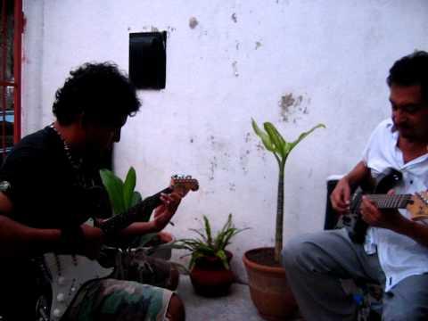 Sleepwalk Santo and Johnny Farina cover (Arturo y Andy) ;)