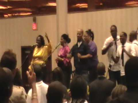 Gmwa 2009 Youthful Praise he Reigns video
