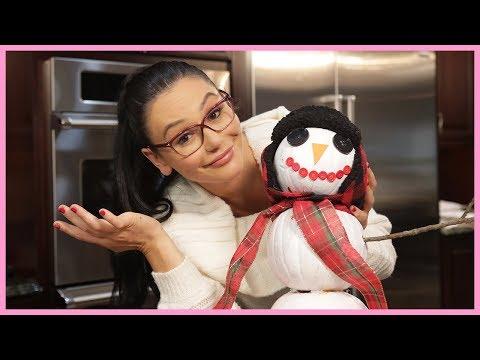 JWOWW's Pumpkin Snowman DIY with Meilani!