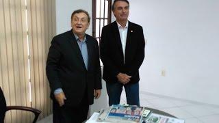Mão Santa recebe Bolsonaro e descarta candidatura a vice-presidente