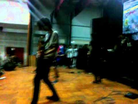 Last Kiss From Avelin - Orator - Tetap Berlari Tanpa Henti Live...