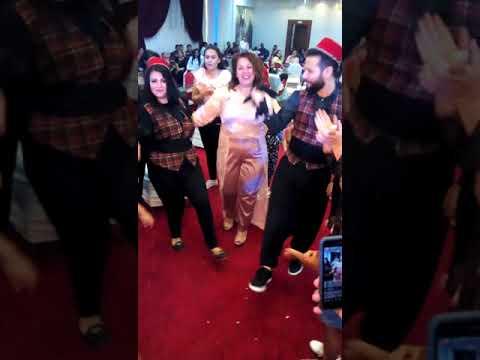 رقس جامد فشخ العروس والعروسة يرقصون رقص جامد 😁🅰 thumbnail
