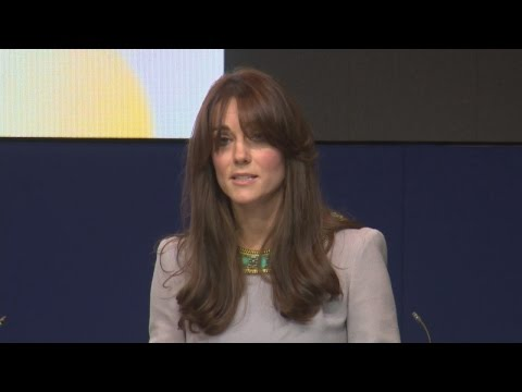 Kate acknowledges 'lucky' childhood in mental health speech