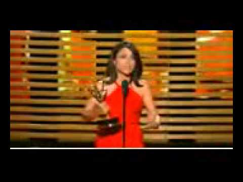 Emmy Awards 2014 : Julia Louis-Dreyfuss Wins Best Actress in a Comedy (66th EMMY AWARDS) (25/8/14)