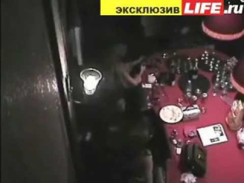 skritaya-kamera-v-dushe-anfisi-chehovoy
