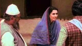 Saudagar - Sabar Karo Miyan - Amitabh Bachchan, Nutan & Padma Khanna - Bollywood Romantic Scenes