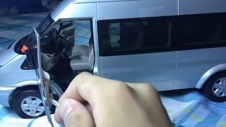 xe mô hình 16 chỗ 1:18