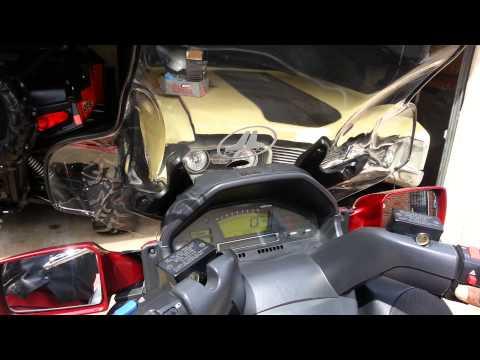 2008 Sukuzi Burgman 650 w\custom stereo system