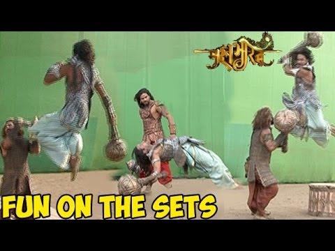Mahabharat : OMG! Mahabharats UNSEEN Fun On the Sets LEAKED