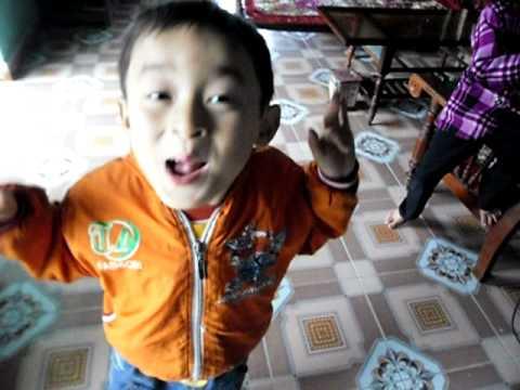 Chau Di Mau Giao Mai Hoang Long video