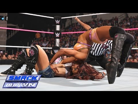 AJ Lee vs. Alicia Fox: SmackDown, Oct. 24, 2014