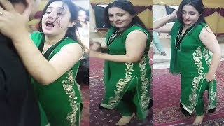 Pashto new songs 2019 beauty girle dance in mujra 2019