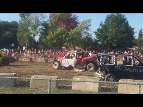 Pickup truck demo derby sweet!!!!!