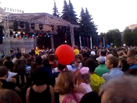 Трофим Сергей Трофимов Ветер В Голове   Выступление  в Губкине на день металлурга