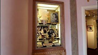 #469 UNBELIEVABLE HOLLYWOOD MEMORABILIA MUSEUM COLLECTION (2/3) 11/18/17)