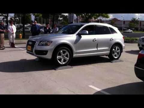 2011 BMW X3 xDrive AWD capabilities demonstration