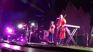 Young the Giant - Something To Believe In - Radio City Music Hall - 09-17-2016