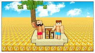 SI PUÒ SOPRAVVIVERE IN UN MARE DI LUCKY BLOCK? - Minecraft ITA