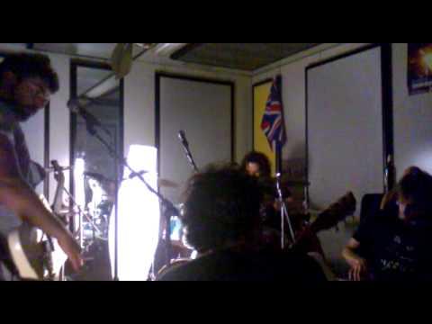 The Peverellis Big Cock Band - Sarebbe Molto Più Facile (live  Strane Officine) video