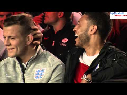 Oxlade-Chamberlain gives Wilshere banter for bad singing