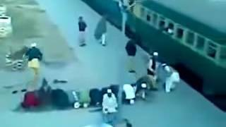 Muslims Namaz For Train Funny Video for Muslims Namaz