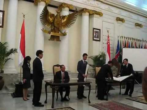 Signing of the maritime boundary agreement between Singapore and indonesia
