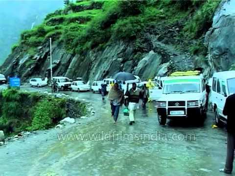 Incessant rain causing travel bottlenecks en-route Manimahesh lake, Himachal Pradesh
