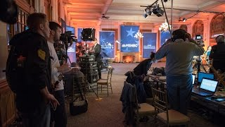 UNH Journalism Students Cover Democratic Debate on Campus