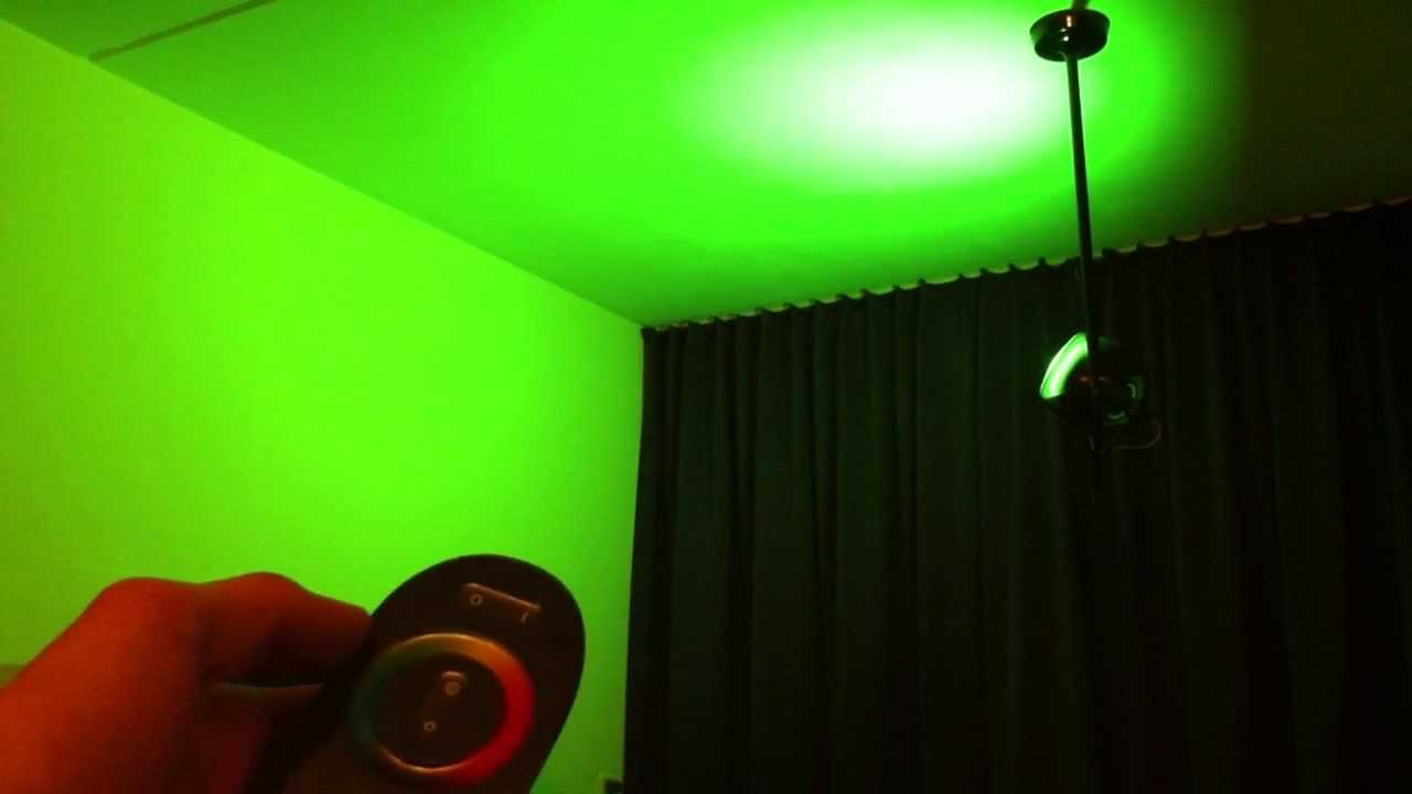 philips living colors review second generation ceiling light youtube. Black Bedroom Furniture Sets. Home Design Ideas