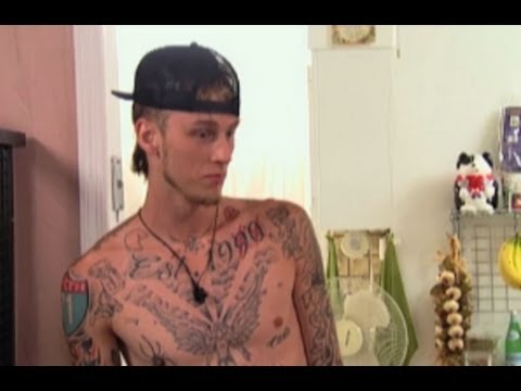 MACHINE GUN KELLY ON 'THE SHOW WITH VINNY' SNEAK PEEK- EXCLUSIVE CLIP!