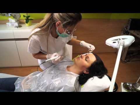 Permanentný make-up obočia čiarkovanou metódou, čiarkované obočie
