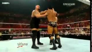 Kane & Big Show vs The Nexus & CM Punk Get Knocked Out Raw 5/9/11