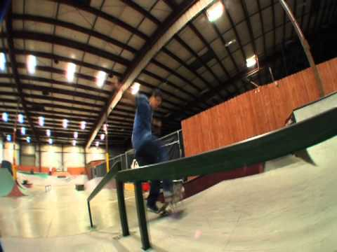 Front foot impossible boardslide