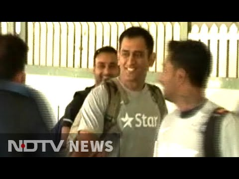 Mahendra Singh Dhoni back as India start training for series vs South Africa