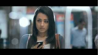 Samar - Samar - Trisha helps Vishal at Airport