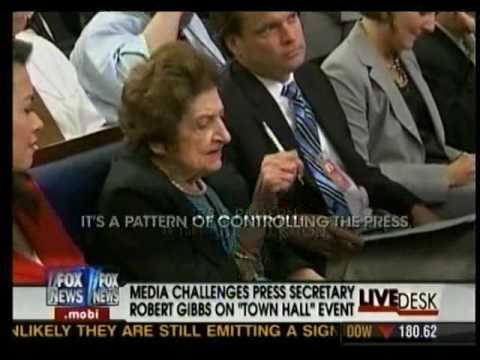 Helen Thomas claiming that the Obama administration is prescreening and prepackaging questions