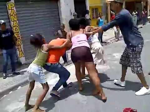 Pleito de Mujeres en Katanga Parte 1