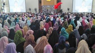 UAS Bikin Para Teteh Geulis Kota Bandung Terpukau! Ustadz Abdul Somad Hebohkan Emak-emak di Bandung