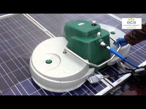 Nettoyage de champ photovoltaïque par Electro Concept Energie