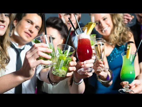 Does Alcohol Affect Women Differently? | Alcoholism