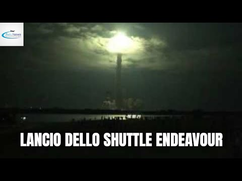 NASA: lo spettacolare lancio dello shuttle Endeavour - Space shuttle Endeavour's spectacular launch